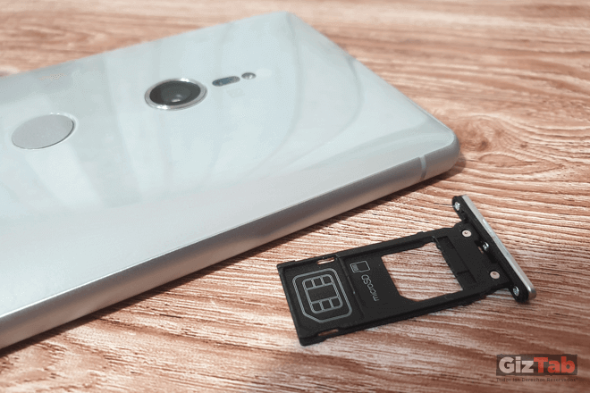 Bandeja para la SIM Card y memoria micro-SDXC del Xperia XZ2