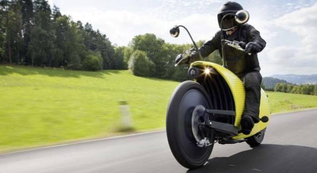 Esta es la motocicleta más extraña de los últimos tiempos:  Johammer J1