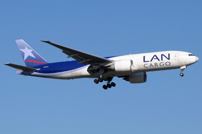 Seguridad aérea: Esta caja negra en tiempo real anticipa los fallos en los aviones