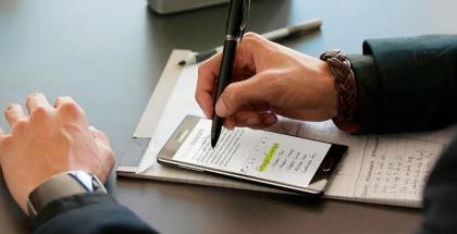Samsung-Galaxy-Note-4-S-Pen-Vuelveaescribir-estudio-ipsos
