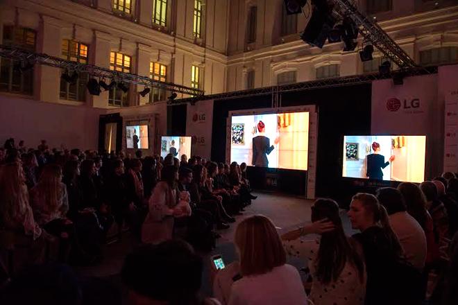 Primer show de moda virtual ha sido con pantallas 4K de LG