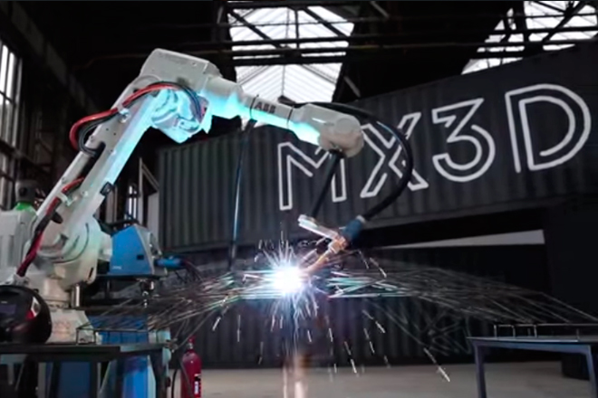 Este robot imprimirá un puente de acero en Amsterdam