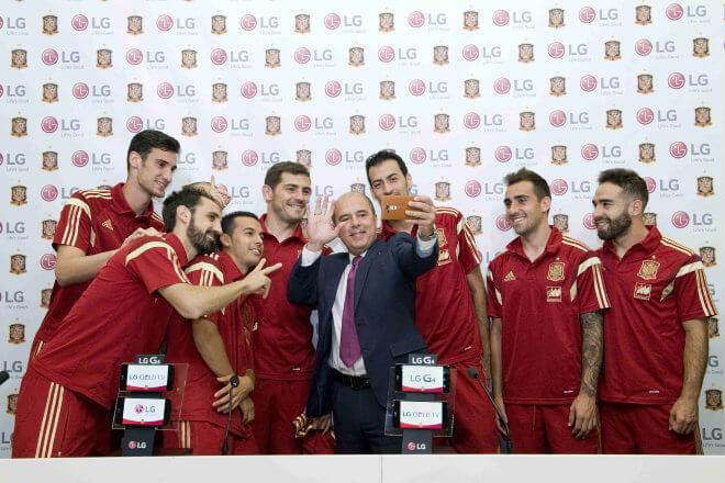 """LG mantiene su patrocinio tecnológico a """"La Roja"""" en su camino hacia la Eurocopa 2016"""
