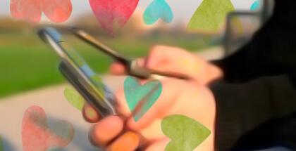 Ligar por mensajes instantáneos y redes sociales sigue estando de moda