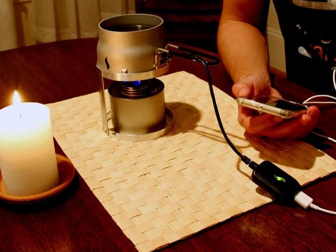 Cargar tu móvil con una vela ya es posible gracias a este proyecto