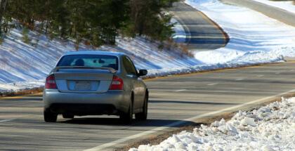 Hackear coches inteligentes es posible y la industria automotriz busca soluciones
