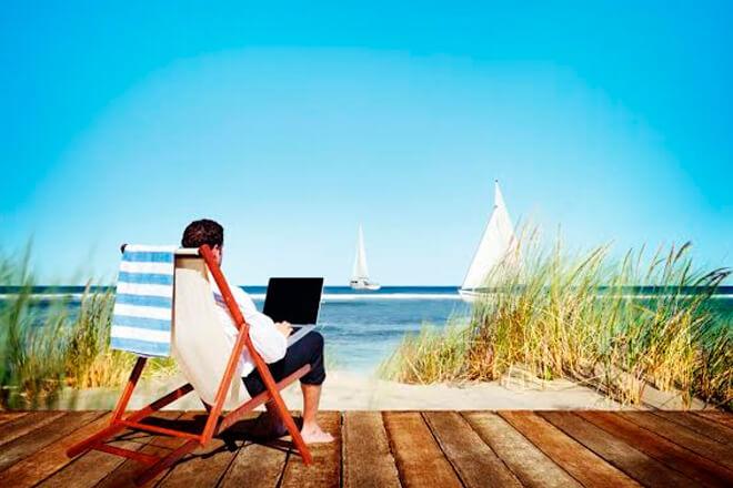¡Evita liarte en verano! Conéctate a Internet de forma segura con estas claves