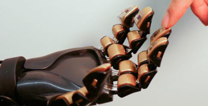 Esta piel artificial devolvería sentido del tacto a personas con prótesis