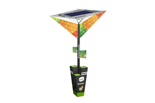 Cargador Solar Urbano de Panasonic.