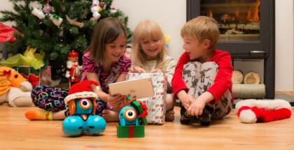 Robots educativos para niños, opción divertida para un regalo tech