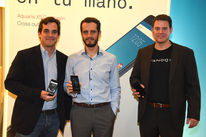 Rodrigo Prado, cofundador de BQ; Francisco Montalvo, director global de Dispositivos de Telefónica SA y Rob Agee, director de Partnership de Cyanogen