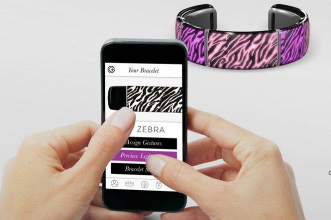 Crean brazalete social al estilo Snapchat para adolescentes