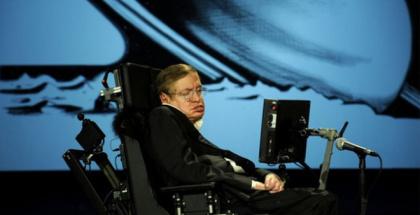 Stephen Hawking: La humanidad se ve amenazada por la ciencia