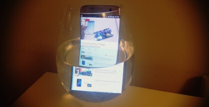 Galaxy s7 Edge es resistente al agua porque cuenta con certificación IP68