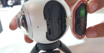 Samsung Gear 360 entrada microSD