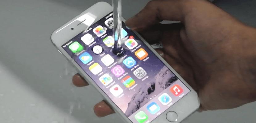 iPhone resistente al agua