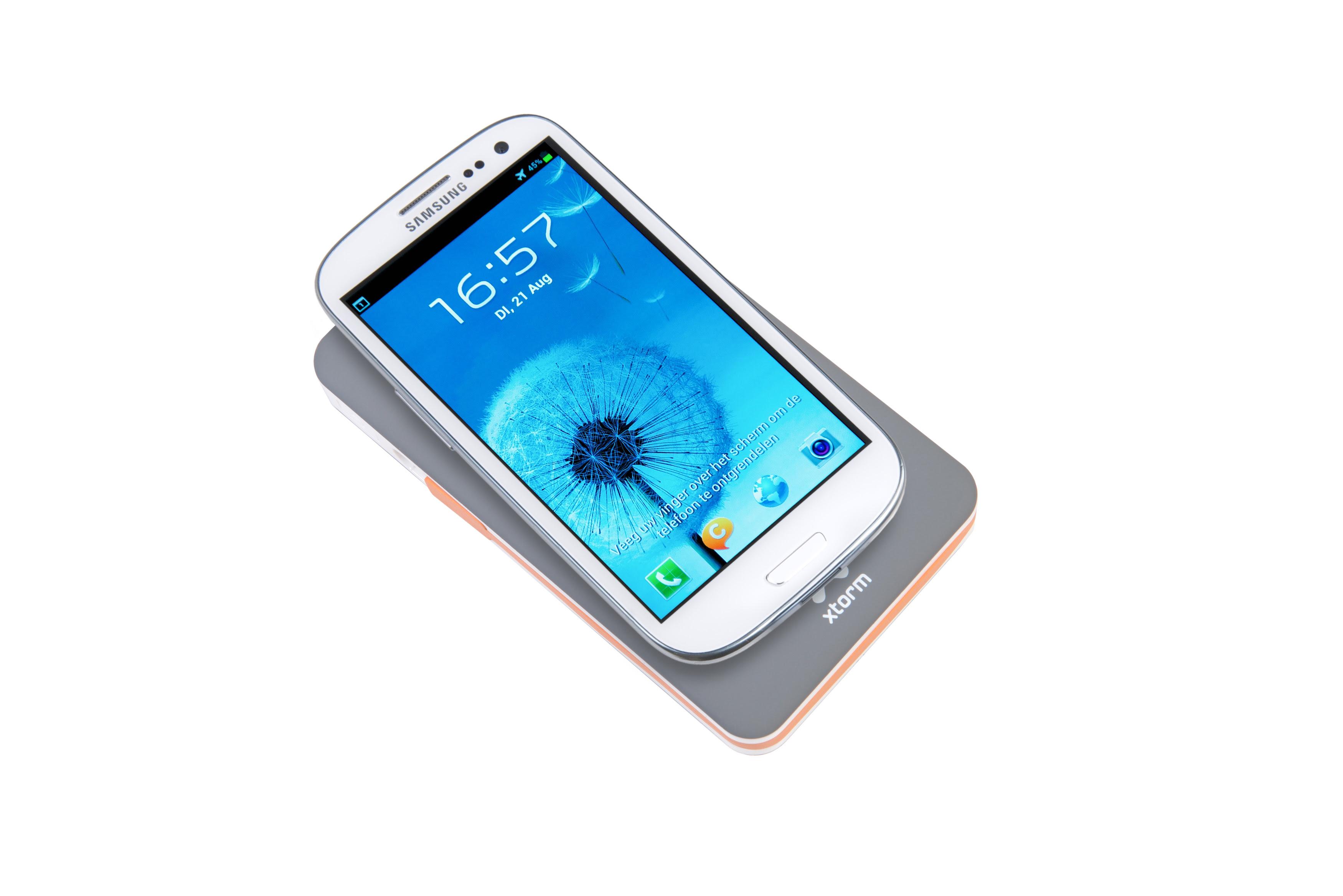 Xtorm XB103 Power Bank Wireless 8000