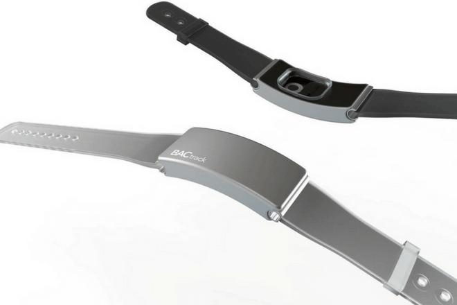 BACtrack Skyn: La pulsera inteligente que mide cuánto alcohol has bebido