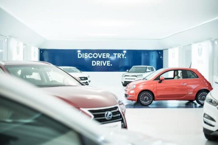 Comprar un coche nuevo por Internet gracias a la realidad virtual: la propuesta de Trive