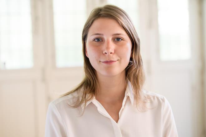 Lea von Bidder es CEO de AVA Science, empresa creadora de AVA, la pulsera inteligente para determinar los días más fértiles de cada mujer