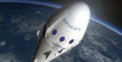 Space X lo hará posible: La luna recibirá sus primeros dos turistas en 2018