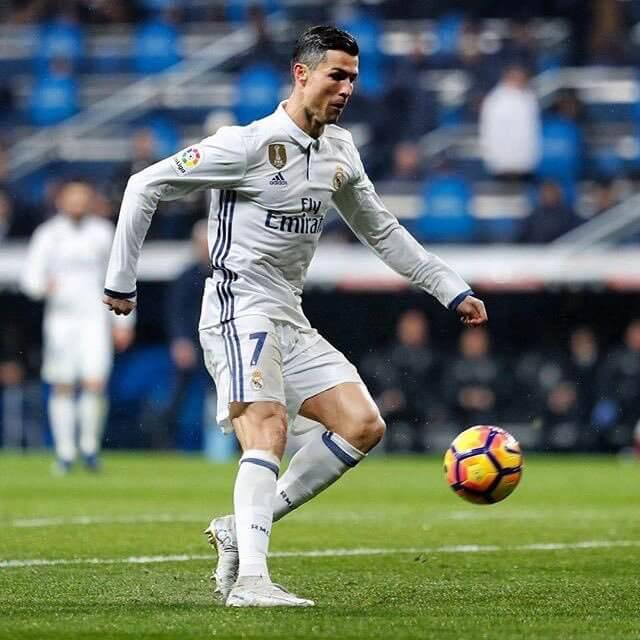 Real Madrid: así ha sido la vida de Cristiano Ronaldo en redes sociales