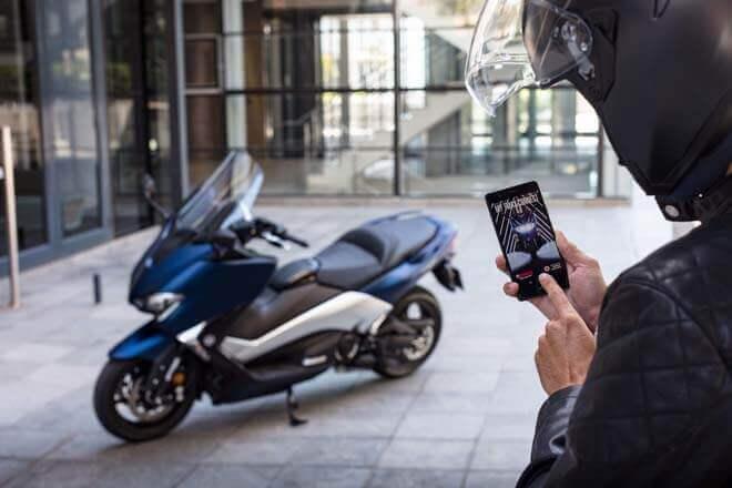 Yamaha TMAX: el scooter conectado de Yamaha y Vodafone