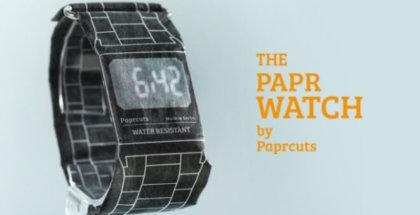 Reloj digital hecho de papel