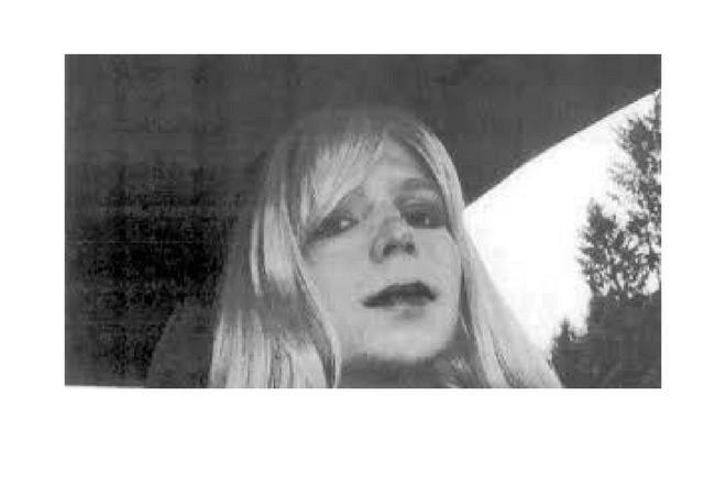 ¿Chelsea Manning y ciberataques podrían tener alguna conexión?