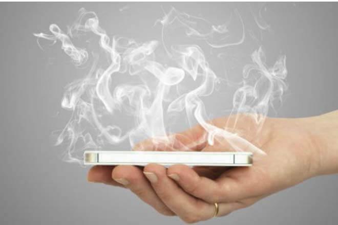 Trucos para proteger el móvil del calor