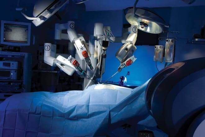 Operación con Robot Da Vinci