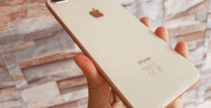 El iPhone 8 Plus tiene un diseño integral de vidrio con borde de aluminio