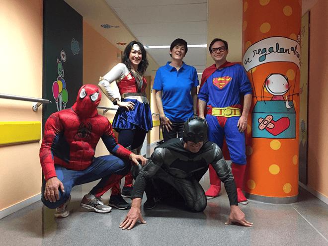 HP transforma la planta pediátrica del Hospital de León para alegrar la estancia de los pequeños valientes