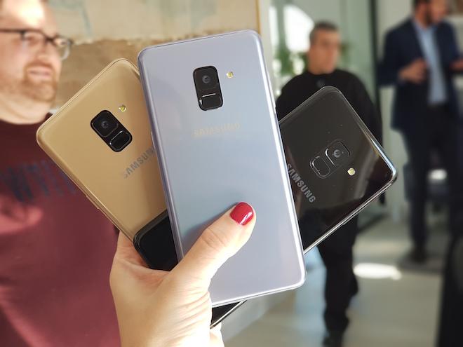 Comprar el Samsung Galaxy A8 2018 es posible en tres colores: Negro, gris orquídea y dorado