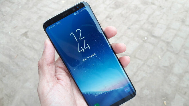 El curioso móvil con pantalla a doble cara que ha patentado Samsung