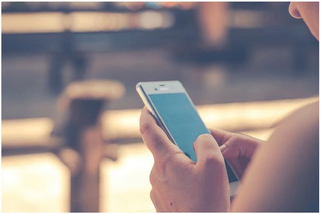 34% de los españoles cree que el uso del móvil es nocivo para su vida social