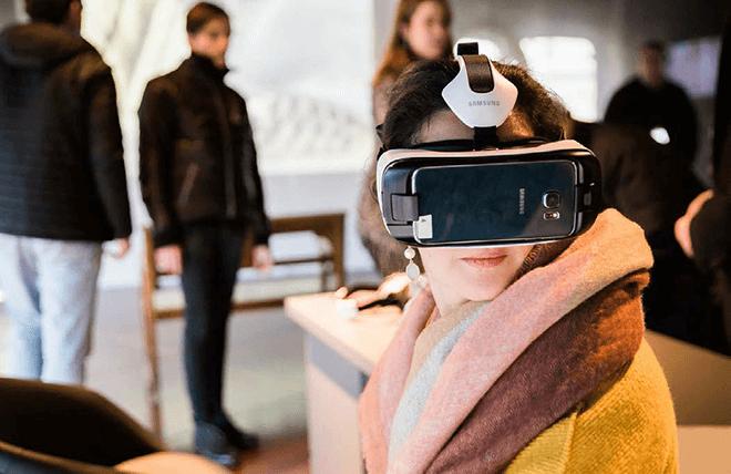 La realidad virtual de Samsung nos acerca a la vida de Gaudí
