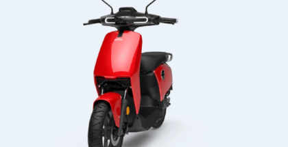 Primera moto eléctrica inteligente