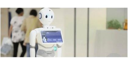 Robot médico examina a sus pacientes en China