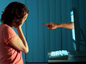 El 97 % de los padres españoles están preocupados por la seguridad online de sus hijos, pero muchos no saben cómo protegerlos