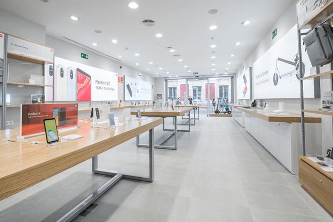 Tienda de Xiaomi en la Puerta del Sol en Madrid