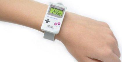 Nintendo saca a la venta reloj con forma de Game Boy
