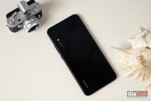 Huawei P Smart + cara posterior