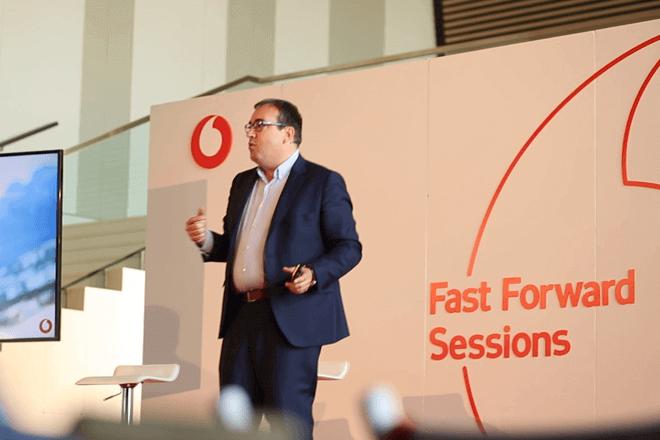 Vodafone lanza la tercera edición de 'Fast Forward Awards'