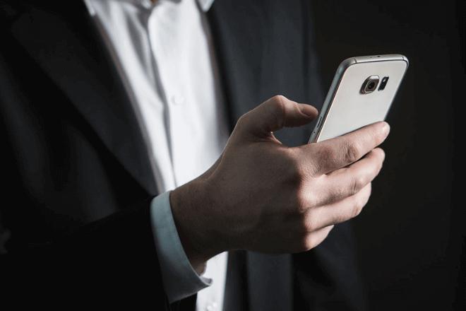 Cómo hacer un currículum desde el smartphone: mejores apps