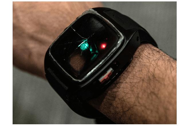 Crean una pulsera inteligente que detecta sobredosis