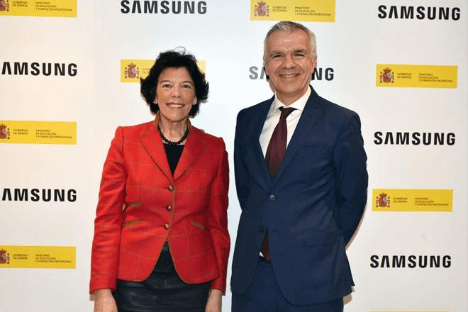 – Samsung y el Ministerio de Educación y Formación Profesional han firmado hoy un protocolo de intenciones con el objetivo de diseñar e implementar acciones en el diseño de cursos de especialización en el sector de la inteligencia artificial y el Big Data para titulados de Formación Profesional del Sistema Educativo