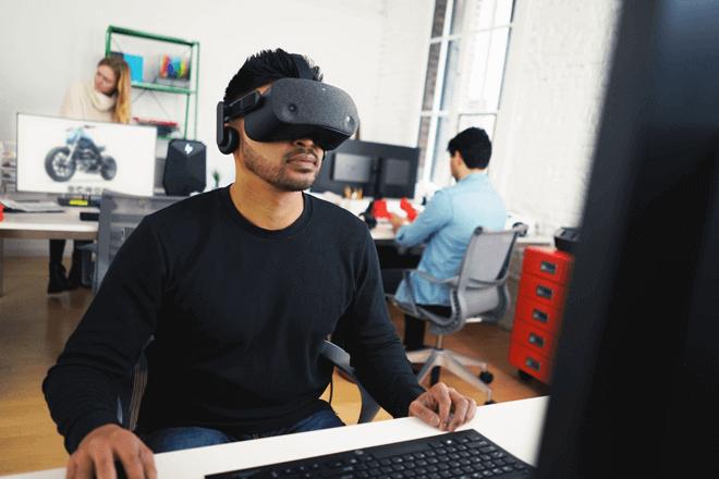 HP Reverb Virtual Reality – Edición Profesional sorprende con su claridad de imagen gracias a su panel de 2160 x 2160 píxeles en cada ojo con el doble de resolución