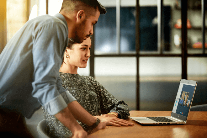hp presenta nuevas experiencias premium para sus PCs y Workstations profesionales, con pantallas ultrabrillantes, tecnología inalámbrica de última generación y un potente rendimiento