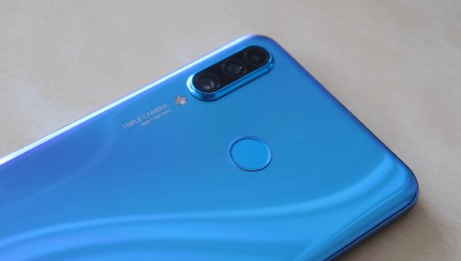 Huawei P30 lite, un móvil gama media que cumple sin emocionar